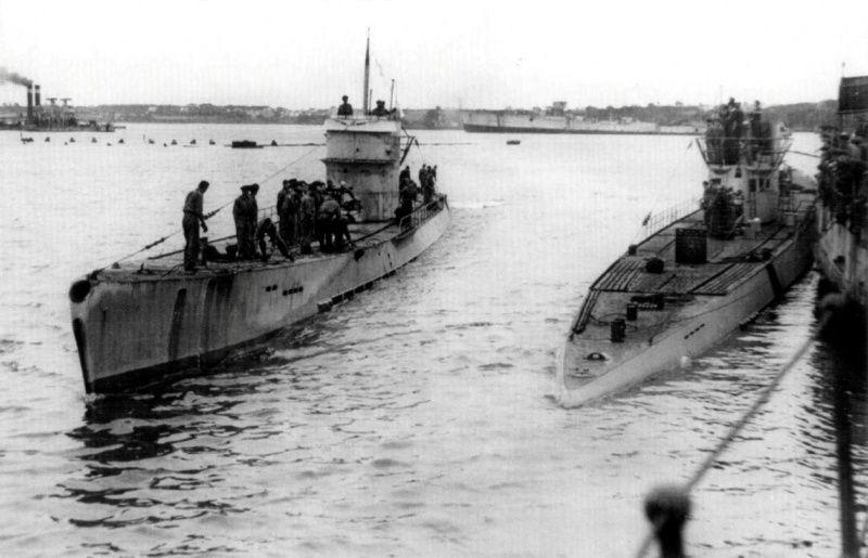 german submarine u 125 type ix c left in the harbor of the french