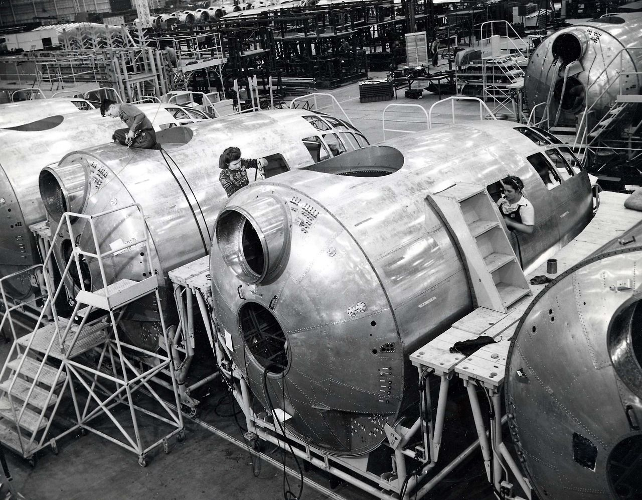 B29 assembly plant boeing b29b50 superfortress