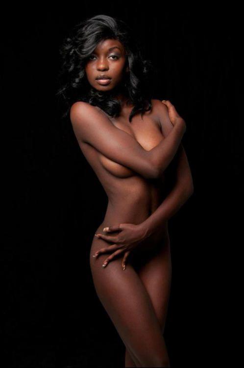 ebony-erotic-models