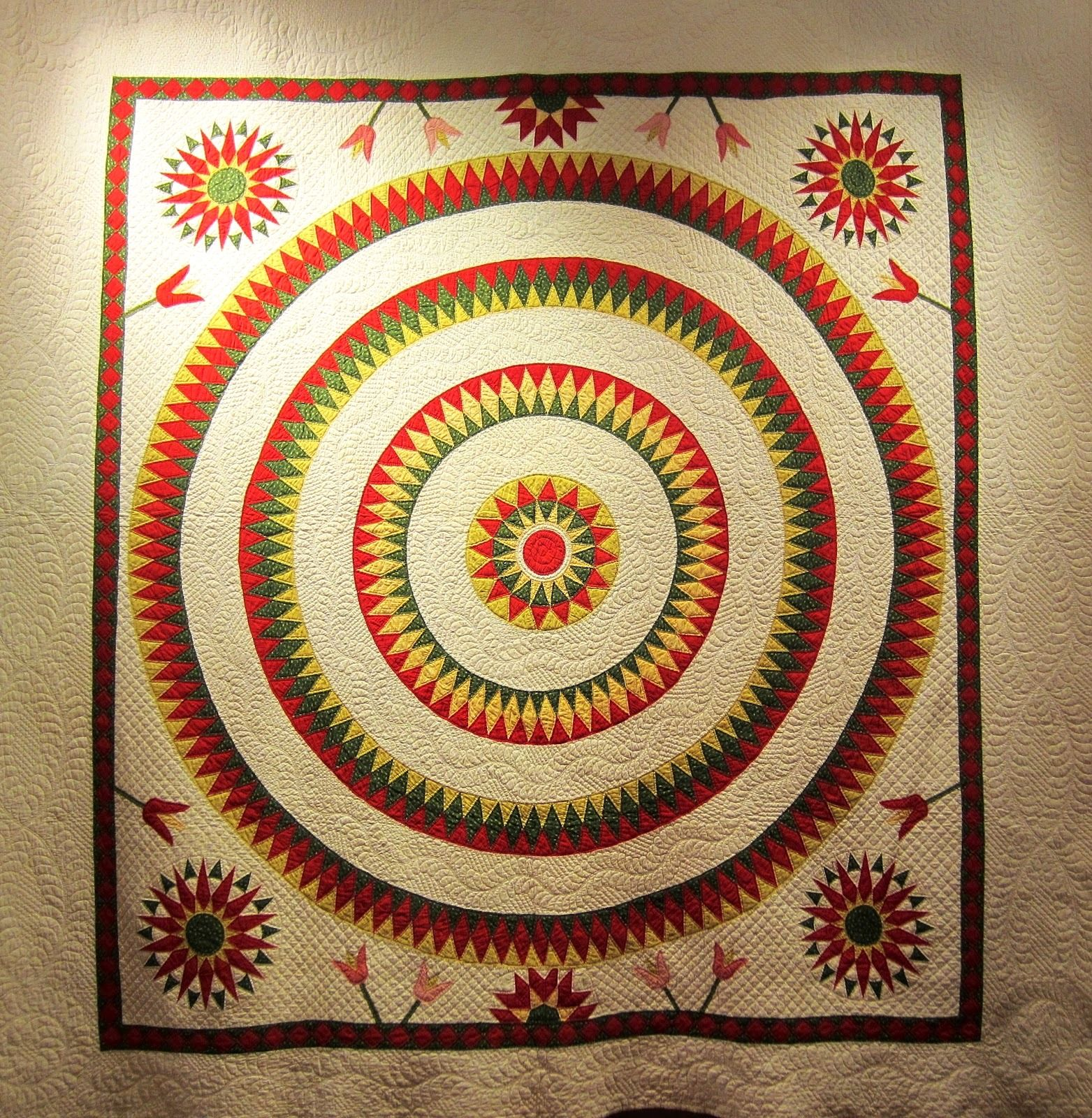 Bulls eye quilt with Mariner's Compass, c. 1860, photographed at ... : rocky mountain quilt museum - Adamdwight.com