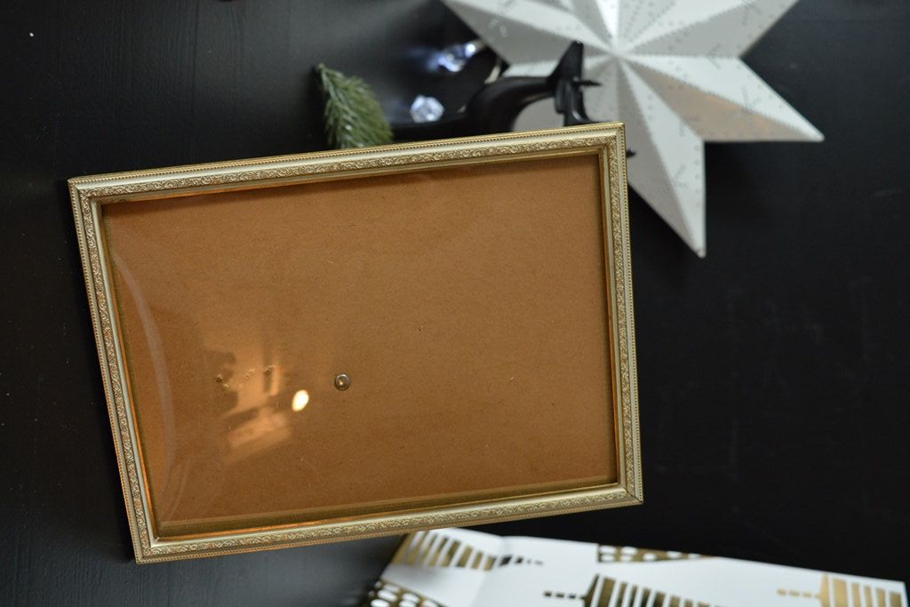 Vintage brass picture frame from Sweden, romance, interior design ...