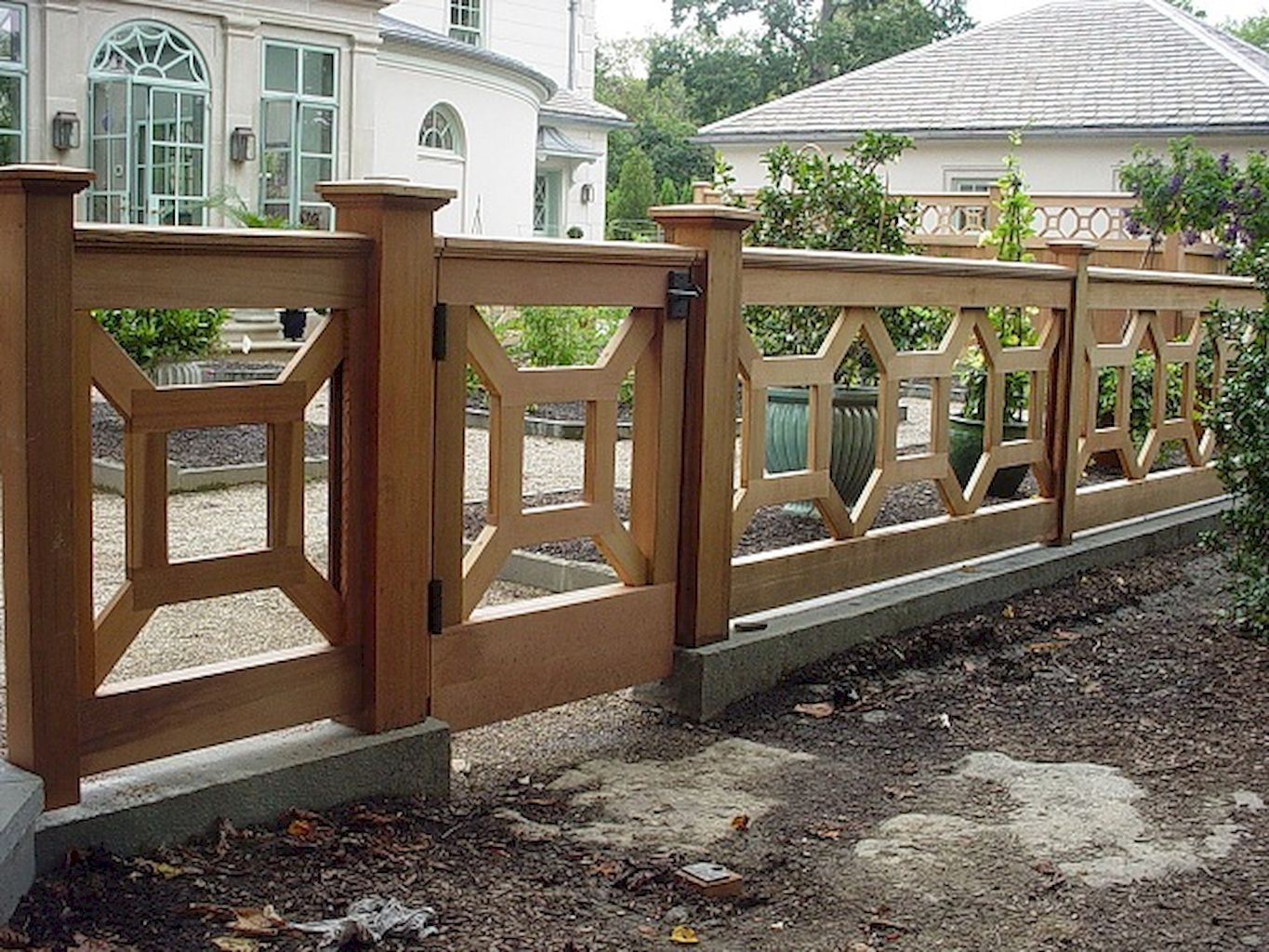creative privacy fence ideas for gardens and backyards privacy