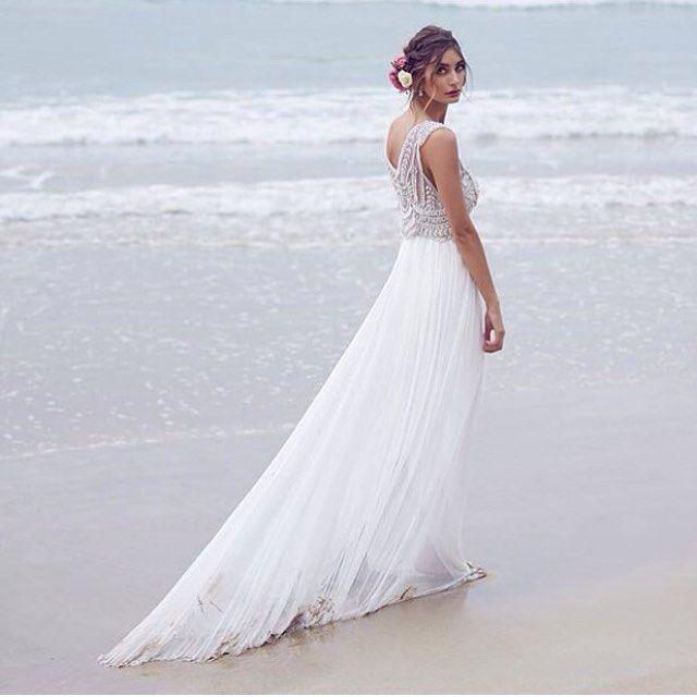 Quem sonha em se casar na praia?  #casamento #casar #noiva #noivas #noivas2016 #casarnapraia #praia #casamentonapraia