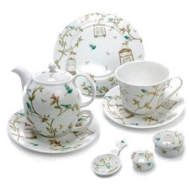 Nina Campbell Birdcage Walk Tea Set