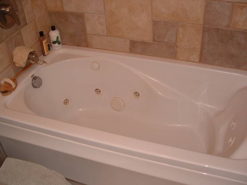 Jacuzzi Bathtubs For Two | ... tub like this i hate it i m not a hot ...