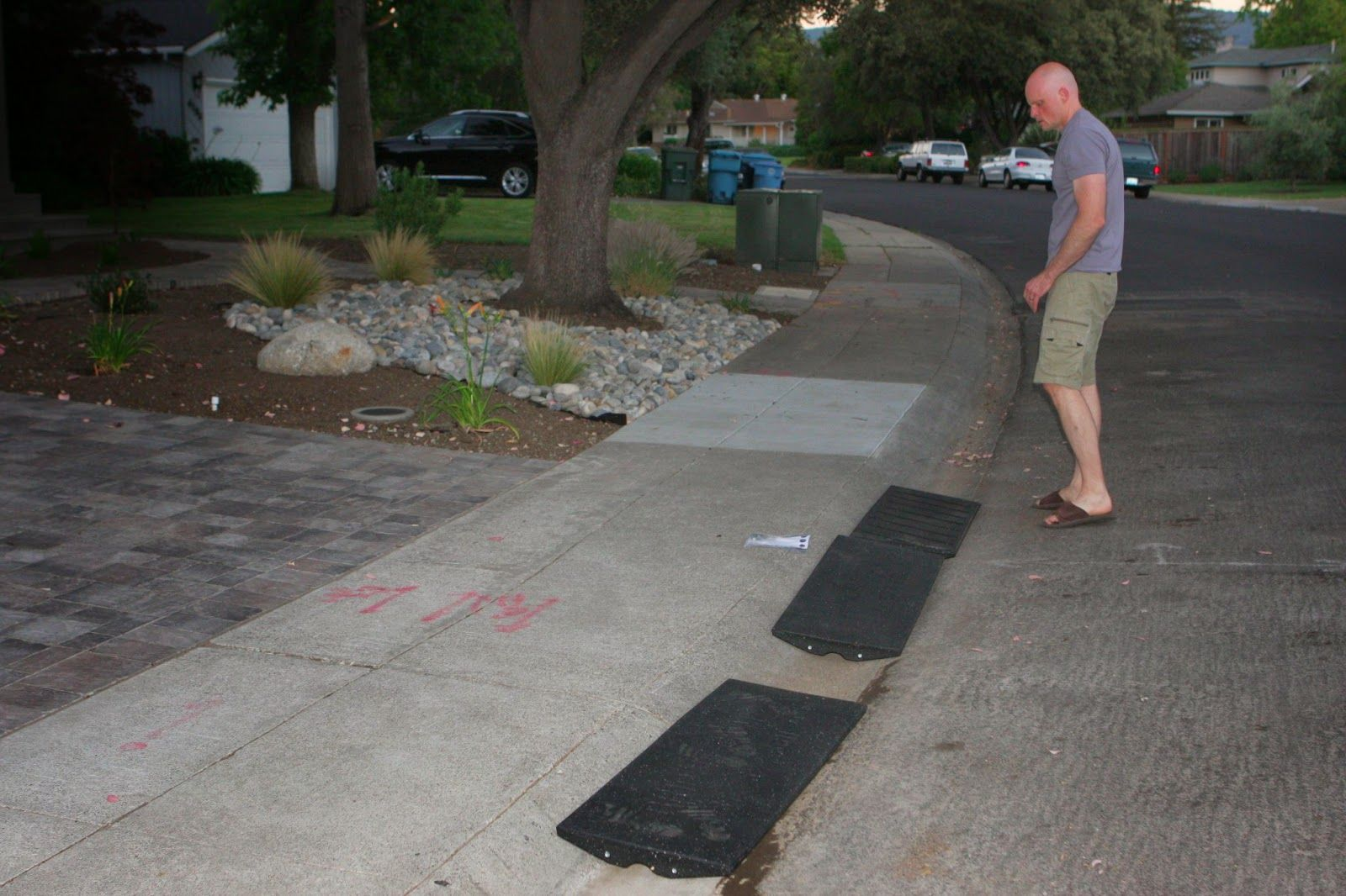 Homecrunch A Quick And Easy Driveway Apron Thumbs Up For The Rubber Bridjit Curb Ramp Curb Ramp Driveway Apron Driveway