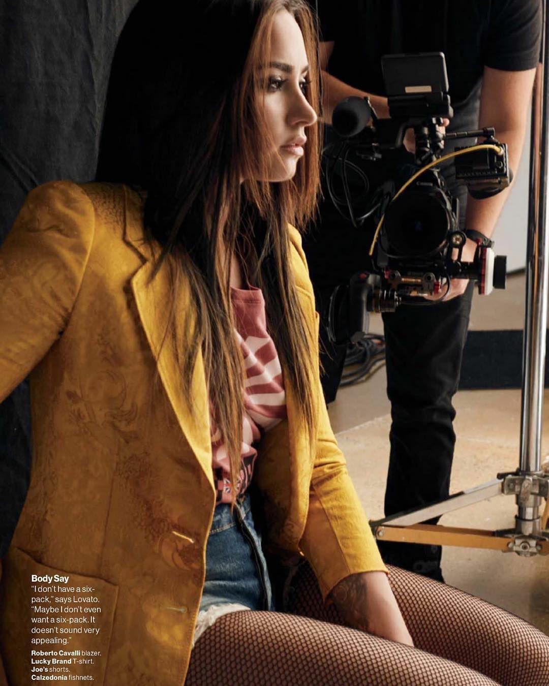 Editorial #Hair #DDlovato Demi para o Photoshoot da Glamour magazine ,Edição de Novembro da Revista