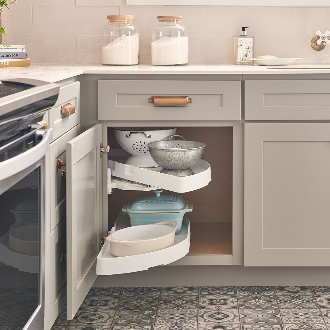 Wolf Classic Kitchen Cabinetry Wolf Home Products Kitchen Cabinets In Bathroom Classic Kitchen Cabinets Kitchens Bathrooms