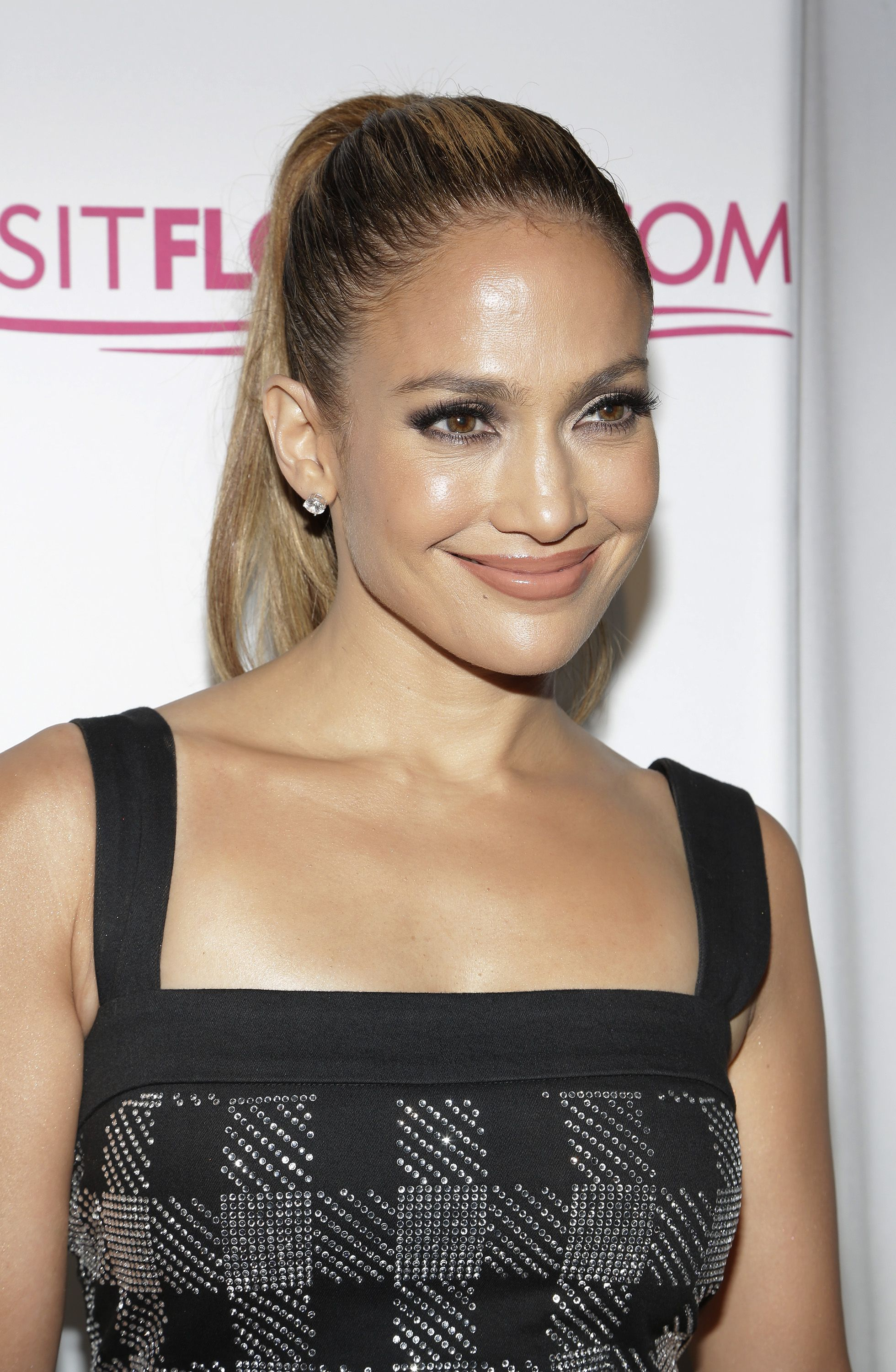 We Have the Secret to J.Lo's Ageless Skin in 2020