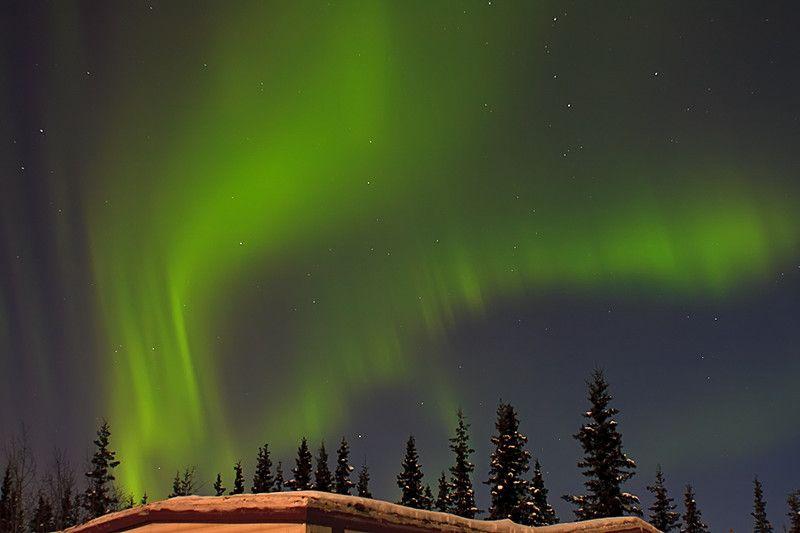 Gorgeous green lights in Sotdotna, AK