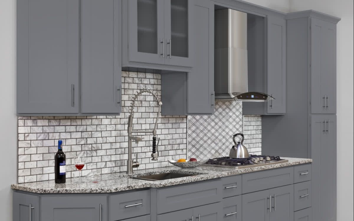 Colonial Gray Kitchen Cabinets All Wood Frame Construction Hdf Door And Dr Classic Kitchen Cabinets Cheap Kitchen Cabinets Kitchen Cabinets Painted Grey