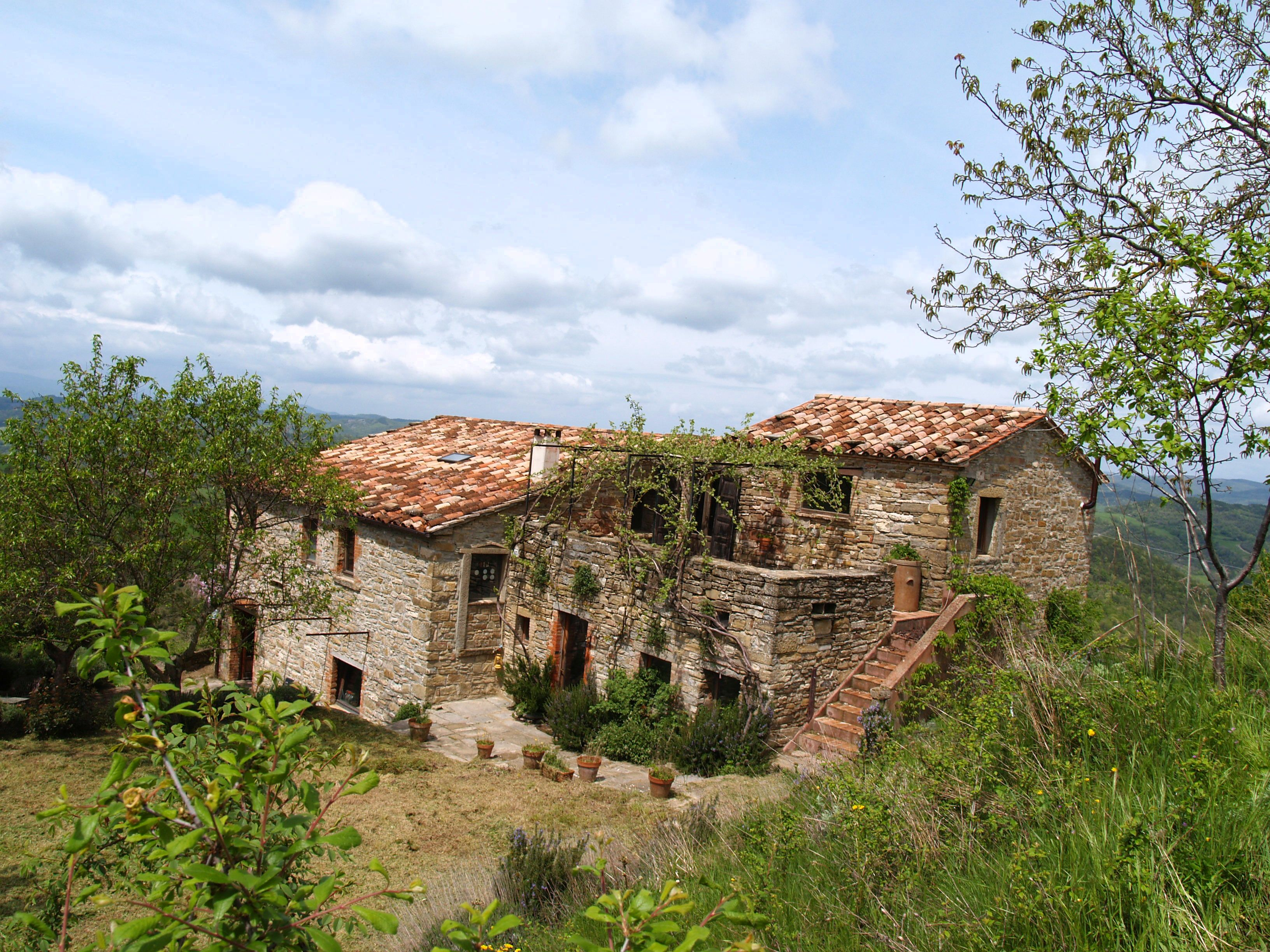 Country house for sale green surrounding with panoramic