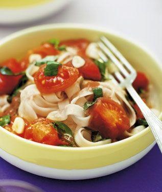 Pasta med tomatsauce og appelsin