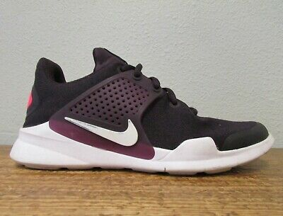 (Sponsored)eBay - NIKE ARROWZ SAMPLE GS 35 Youth Trainer Shoes Portwine/Solar Red Sneakers Girls