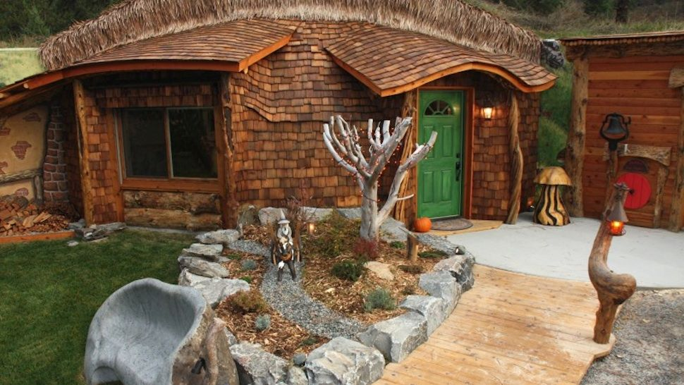 The Hobbit House Of Montana Airbnb Hobbit House Unusual Homes