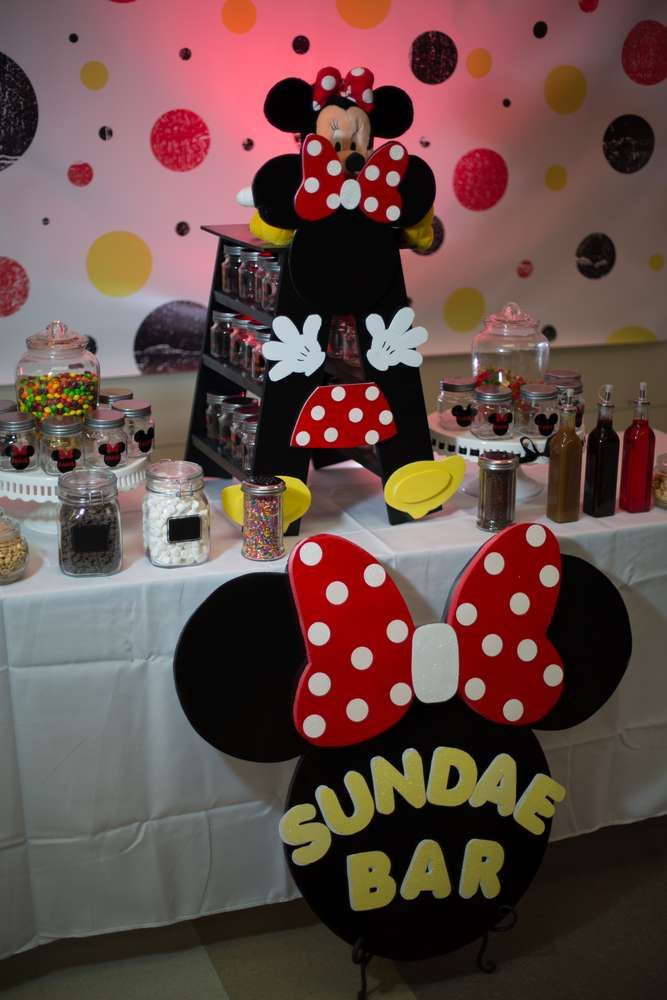 Minnie Mouse Birthday Party Ideas Photo 2 Of 25 Minnie Mouse Birthday Party Mickey Party Minnie Birthday