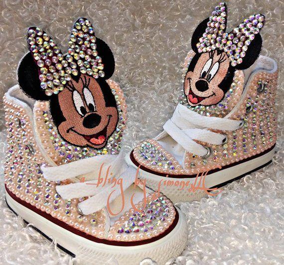 2e60256fe911 Custom Minnie Mouse Converse