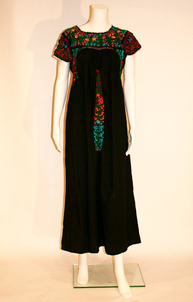 Black Embroidered Mexican Wedding Dress | Mexicans, Swag and Mexican ...