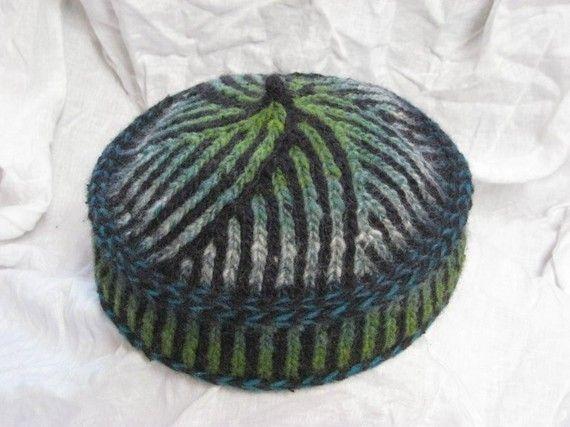 Binah Bukharan Kippah (Kufi or Pillbox Hat) Pattern | Stricken und ...