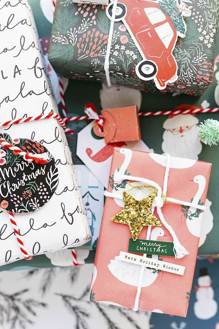 Christmas Wooden Cream /& Red Gift Tag 9 Designs You Choose tree star red ribbon