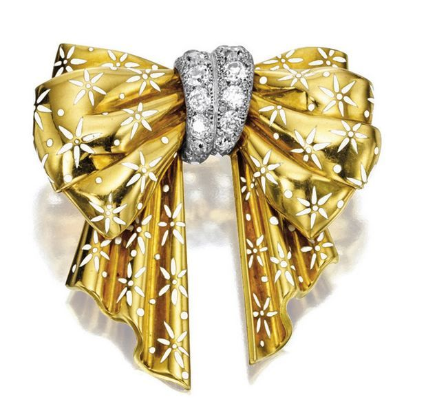 KARAT GOLD, DIAMOND AND ENAMEL 'BOW' BROOCH, CIRCA 1940, VAN CLEEF & ARPELS - Sotheby's
