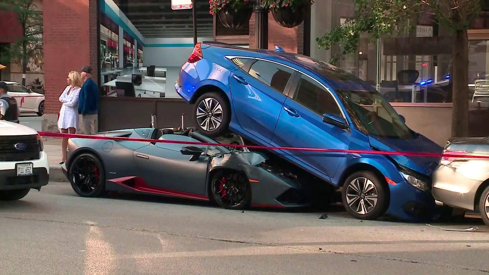 Lamborghini Huracan Lost Parkeerprobleem Effectief Op Lamborghini Huracan Honda Civic Lamborghini Huracan Spyder