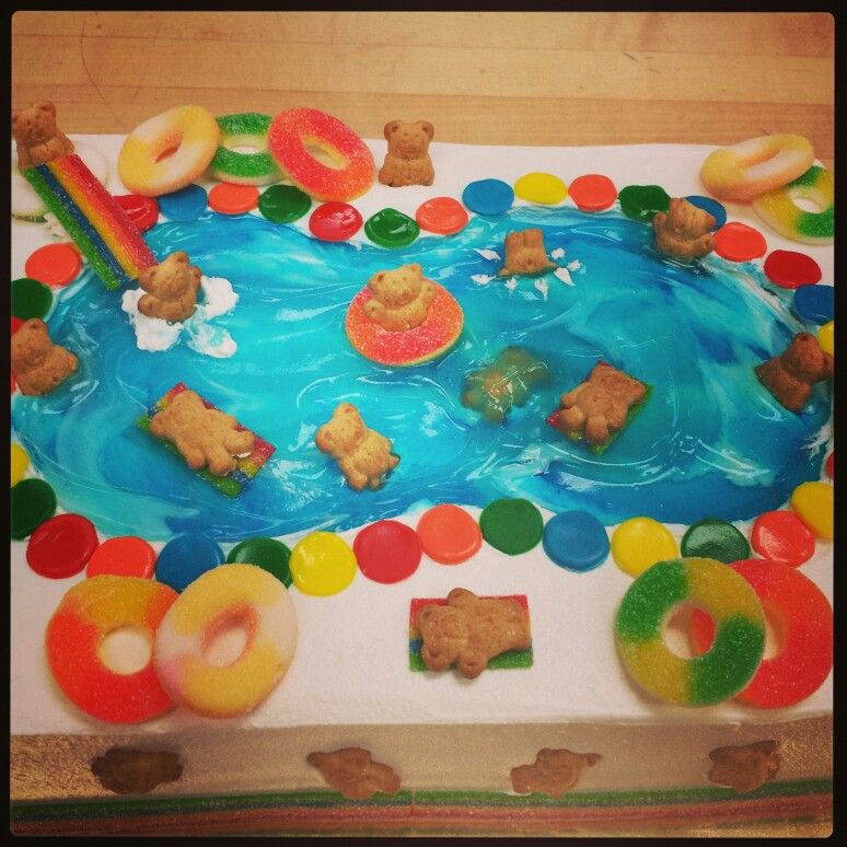 Teddy Graham Pool Party Cake