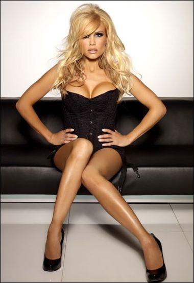 Hot Melinda Messenger nude (83 fotos) Sexy, Instagram, legs