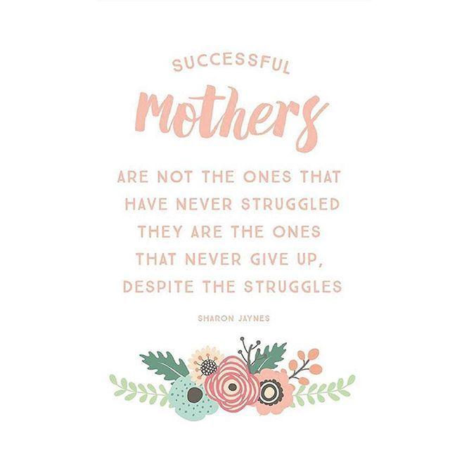 'Le grandi mamme non sono quelle che non hanno mai lottato, ma coloro che si sono sempre rialzate nonostante le lotte' Sharon Jaynes  Diamo inizio a questa settimana con una carica di grinta :) Buon lunedì!  #quote #motherquote #babyquote #casadelbambino #babyshop #babydesign #mom #mommy #mother #family #mommylife #babystyle  #bestoftheday #follow #photooftheday #picoftheday #adorable #babies #baby #beautiful #cute #infant #instababy #instagood #kid #kids  Scopri di più su ☞…