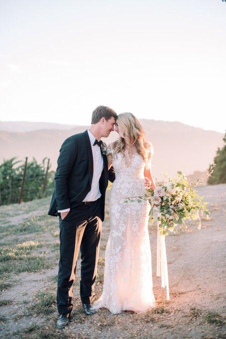 Berta Bridal 16 08 S 2016 Style 01TS05 97 Size 6 Wedding Dress Used