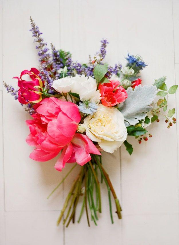f726bd5656ae8 wild flower coral wedding bouquet | 57 Beautiful Bright Summer Wedding  Bouquets » Photo 45