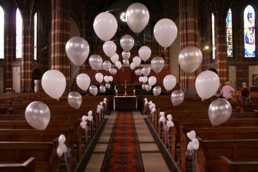Balloons Aren't Just For Birthday Parties! These Neutral