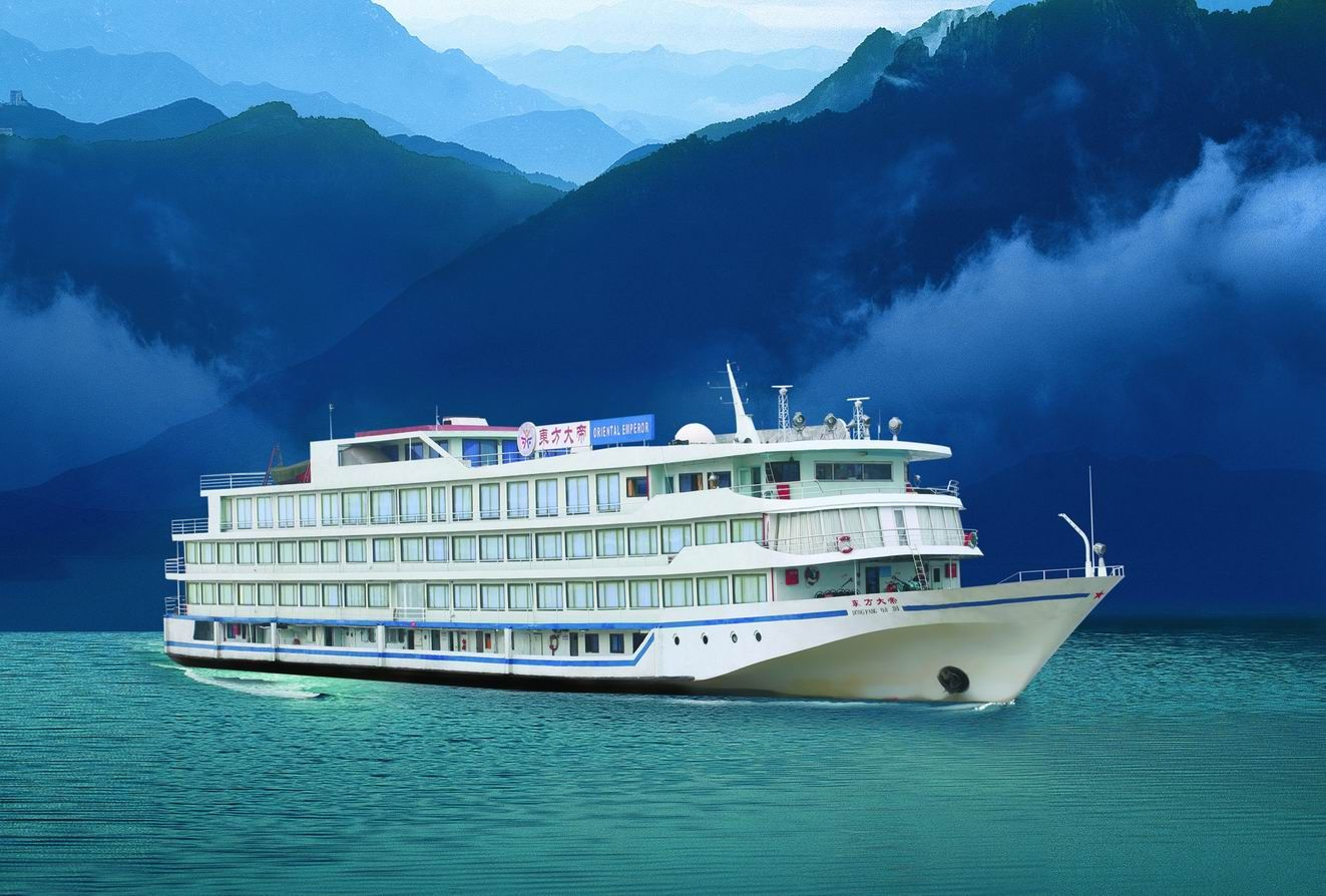 Asian river cruising tour