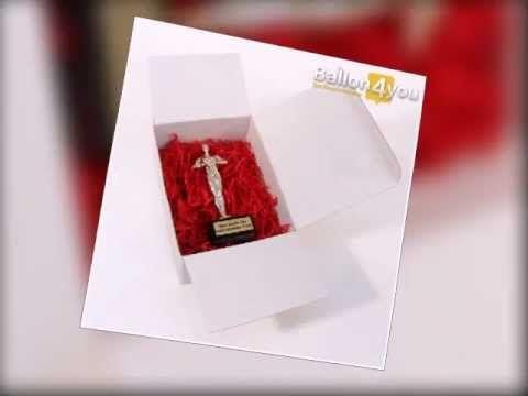 Ehrenpreis-Trophäe mit individueller Plakette    Gestalten Sie Ihren Ehrenpreis mit einer eigenen, individuellen Plakette. Passend zu jedem Anlass bieten wir Ihnen eine Vielzahl an Möglichkeiten für Ihre ganz persönliche Botschaft. Ihren Ehrenpreis ...