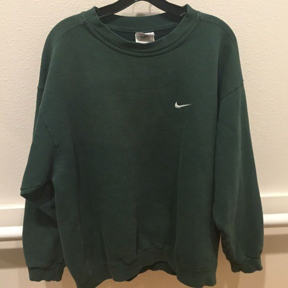 Cirugía responsabilidad Ninguna  Firm. ✔️ Large green Nike sweatshirt in 2020 | Nike sweatshirts, Sweatshirts,  Fashion clothes women