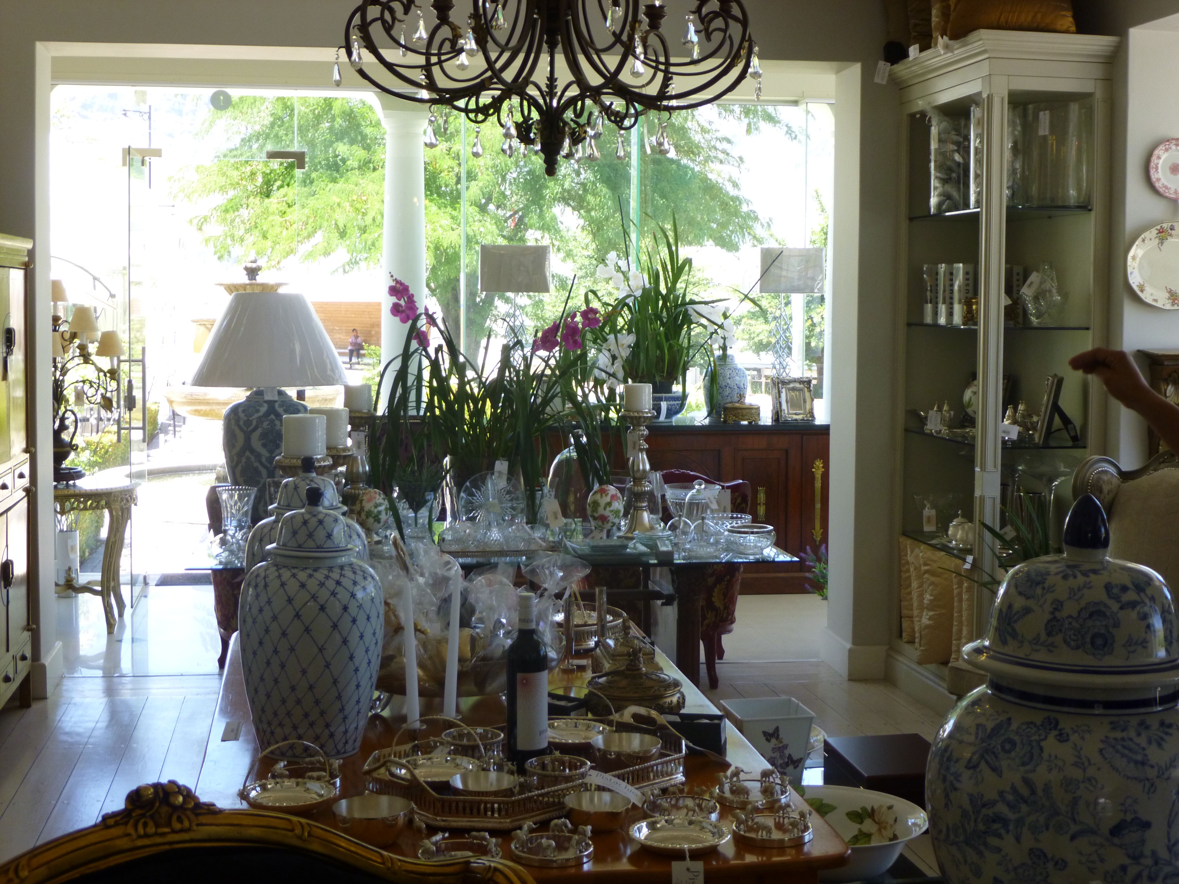 Beautiful Airy And Light French Decor Items Ginger Jars Are A Must