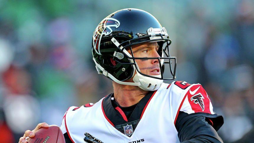 Falcons Qb Matt Ryan Signs Record Deal Ousts Vikings Cousins As Highest Paid Player In Nfl Matt Ryan Viking S Nfl