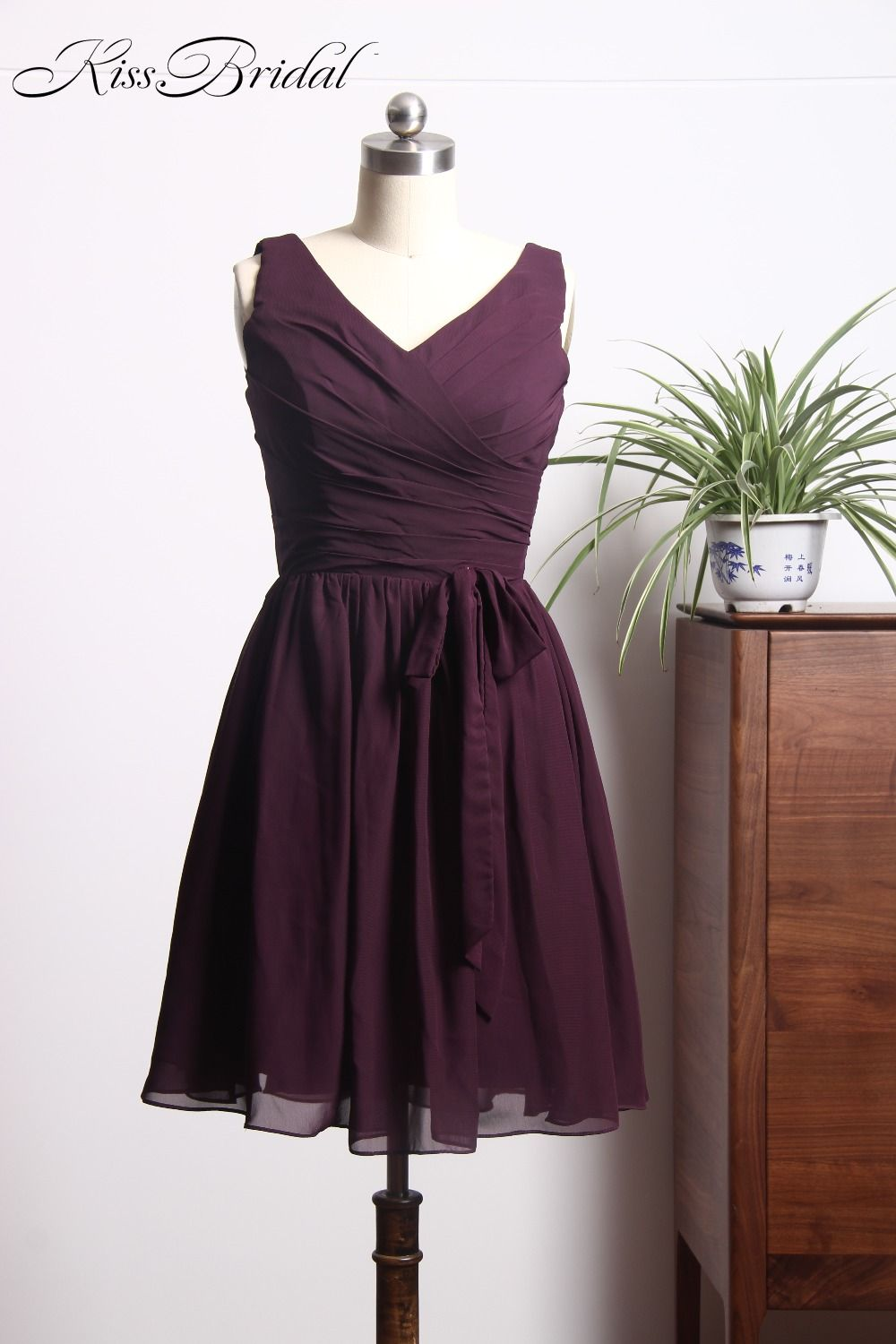 Click to buy ucuc charming dark purple prom dresess short vneck