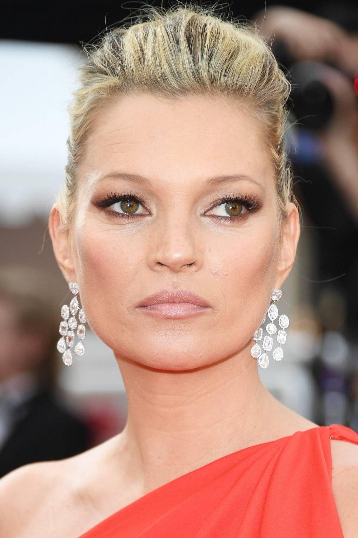 Kate Moss Hair Style File Hooded eyes, Makeup looks