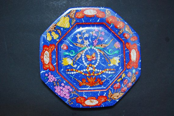 Check out this item in my Etsy shop https://www.etsy.com/listing/524030835/vintage-hermes-porcelain-dish-plate