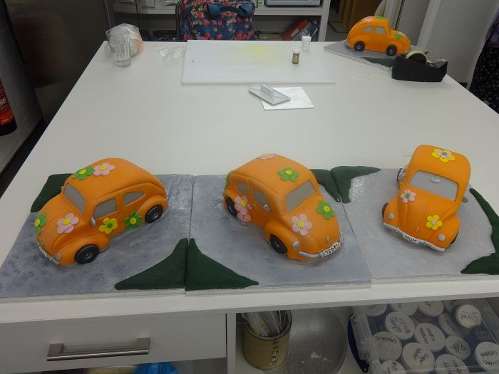 Pimp my ride!! Learn how to sculpt sponge at Jane Ashers!