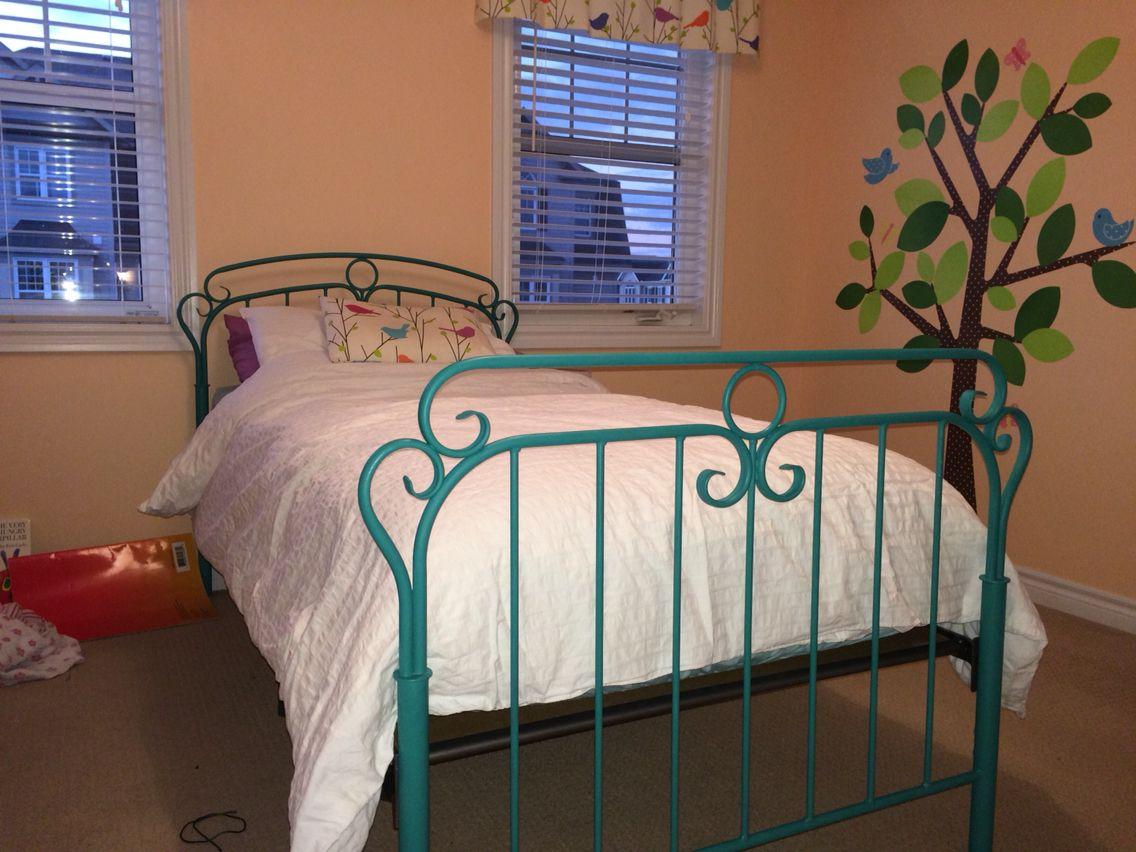 Metal Bed Painted With Annie Sloan Chalk Paint Florence Clear