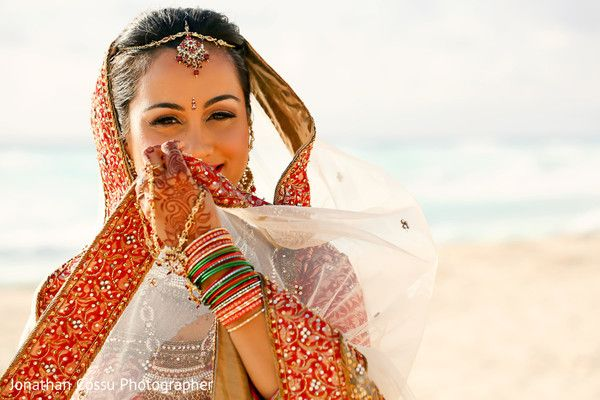 ceremony fashion, Destination wedding photography,  Indian bride and groom portrait, http://www.maharaniweddings.com/gallery/photo/99990