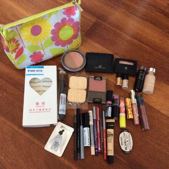 Huge Makeup Set Bundle This is a huge lot of makeup products from various brands. Will include a makeup bag if you buy all ;) Makeup