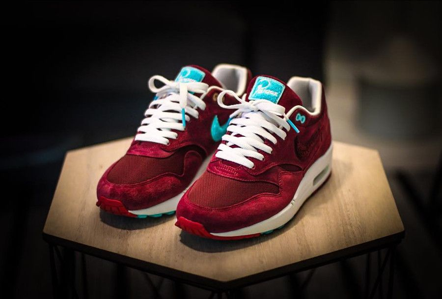 low priced 13df3 80627 Retrouvez un article riche en andecote qui revient sur la Nike Air Max 1   Burgundy