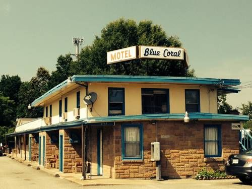 blue coral motel virginia beach virginia just 5 minutes drive from the beach and the boardwalk this virginia beach motel offers rooms with a kitchenette - Cheap Hotels In Virginia Beach With Kitchenette