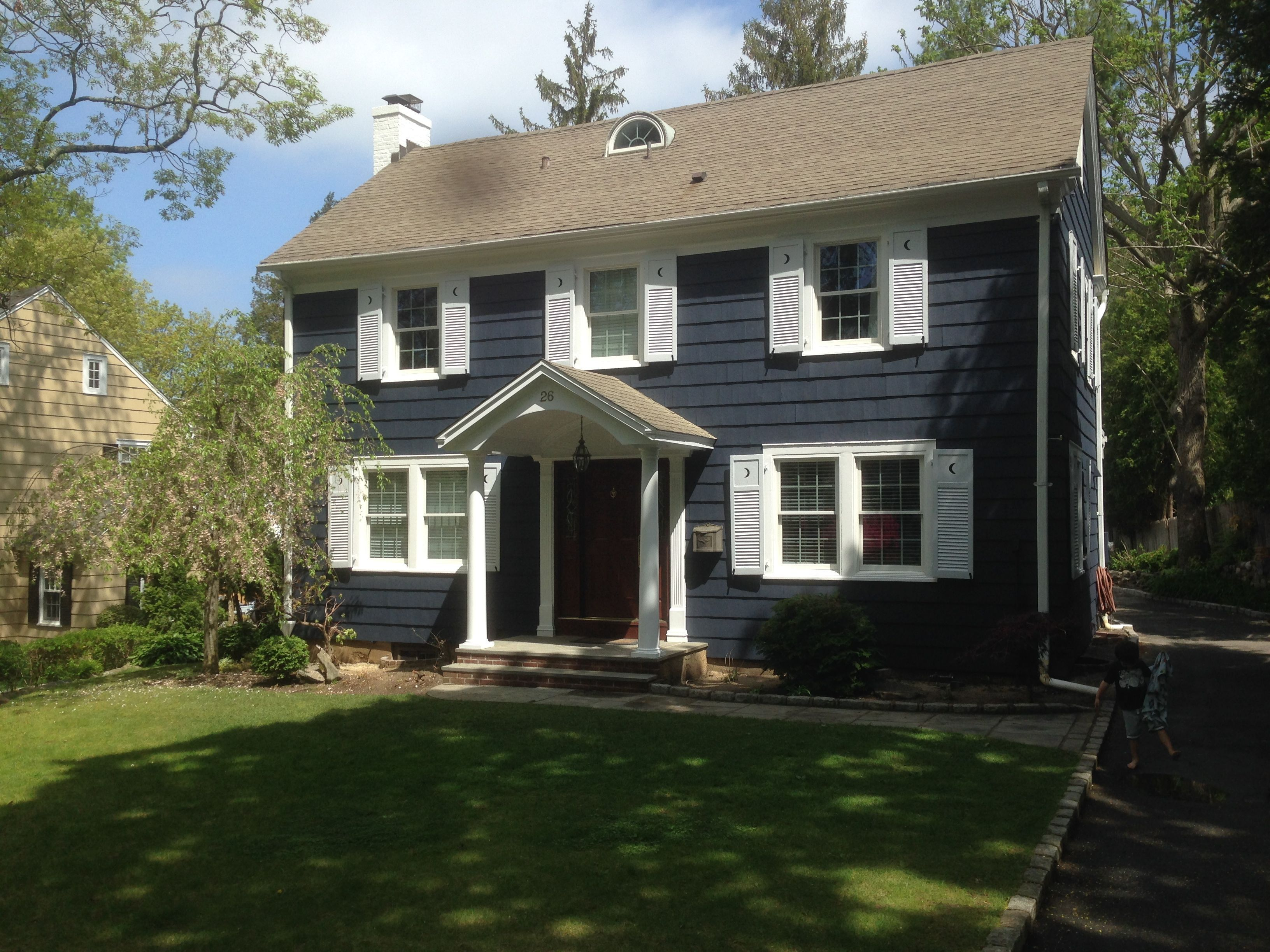 Exterior home colors farmhouse - Find This Pin And More On Exterior House Paint Color