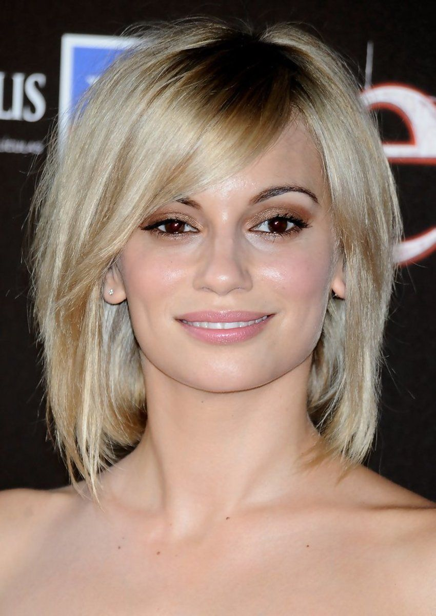 The Best Hairstyles For A Cowlick At The Back Of The Head Medium Length Hair Styles Long Layered Bob Hairstyles Side Bangs Hairstyles
