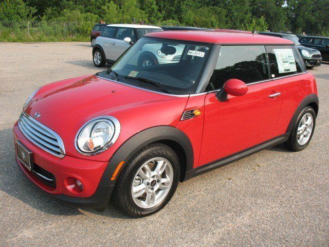 35 New Mini Cars Suvs In Stock Near Chesapeake Checkered Flag Mini Mini Cooper Hardtop Mini Cooper Mini Cars