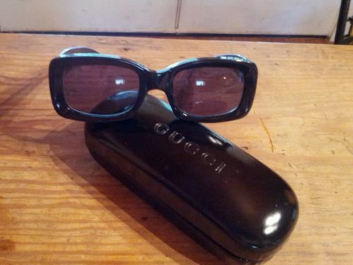 f610b92ea180a Vintage GUCCI Sunglasses GG 2407 S 807 Black Frames WITH CASE